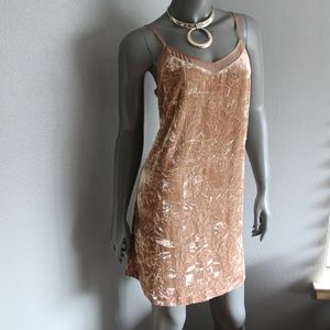 Kensie Crushed Velvet Dress NEW WITH TAGS Size Med
